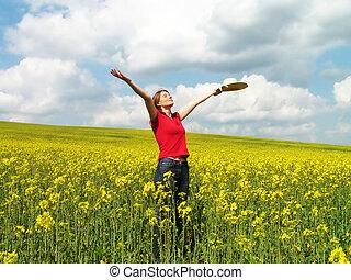 menina jovem, desfrutando, verão