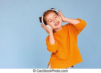 menina, música, fechado, escutar, olhos