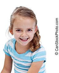 menina pequena sorrindo