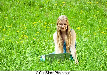 menina, relaxante, laptop