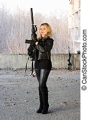 menina, rifle