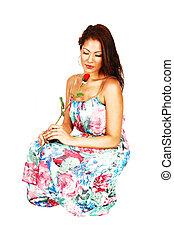 menina, rose., crouching