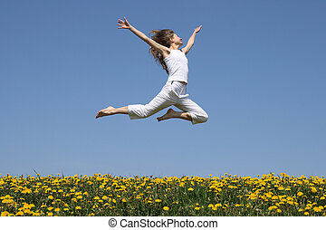 menina, voando, em, um, salto, sobre, dandelion, campo