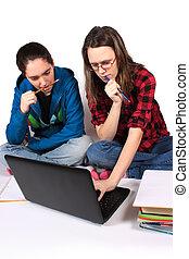 meninas adolescentes, dever casa