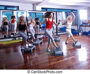 meninas, centro, pisar, condicão física