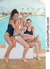 meninas, em, a, piscina