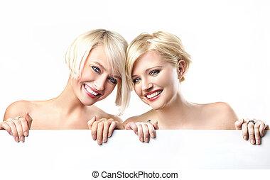 meninas jovens, sorrindo, ligado, a, fundo branco