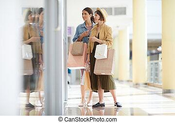 meninas, shopping indo, junto