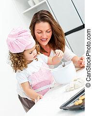 menininha, com, dela, mãe, cozinhar