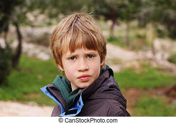 menino, ao ar livre, antigas, anos, 6, retrato