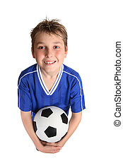 menino, bola futebol, segurando