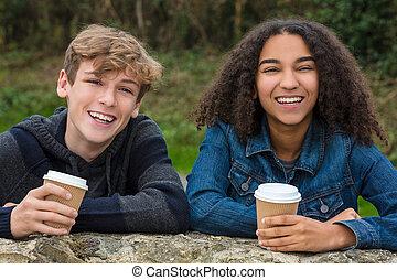 menino, café, &, adolescentes, americano, raça, africano, misturado, menina, bebendo