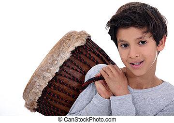 menino, carregar, bongo, ombro