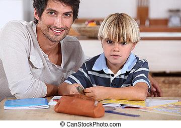 menino, coloração, com, seu, pai