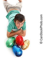 menino, com, quatro, grande, ovos páscoa