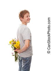 menino, com, um, buquê flores