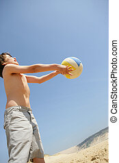 menino, com, um, esfera praia