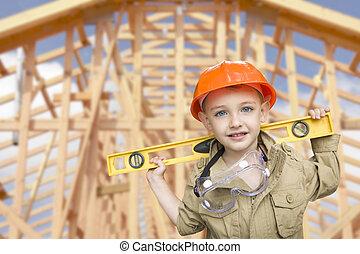 menino criança, vestido, como, handyman, frente, casa, formule