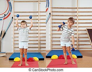 menino, dumbbell, gym.