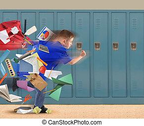 menino escola, corrida tarde, com, materiais, em, corredor