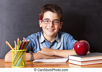 Menino, escola, tabela