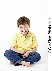 menino, estúdio, jovem, sentando