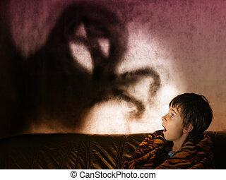 menino, fantasmas, amedrontado, noturna