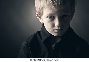 menino, jovem, triste