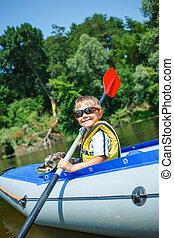 menino, kayaking