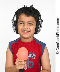 menino, microfone, seu, cantando, asiático