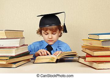 menino, pequeno, antigas, chapéu, acadêmico, livros, sério, estudos