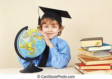 menino, pequeno, antigas, globo, acadêmico, livros, chapéu