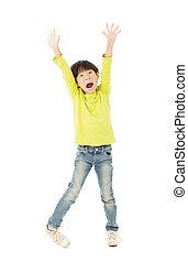 menino, pequeno, cima, braços, celebrando, feliz