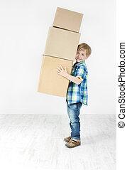 menino, segurando, piramide, de, caixa papelão, boxes., fazendo malas, para, move., crescimento, concept.