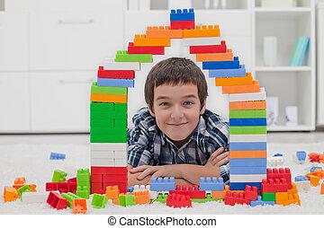 menino, tocando, com, blocos