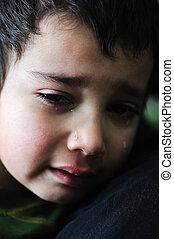 menino, triste