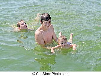 meninos, banhar-se, feliz