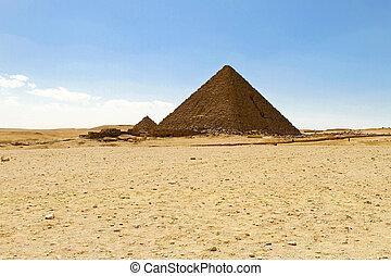 Menkaure pyramid - Pyramid of Pharaoh Menakaure at Egypt...