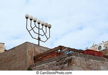 Menorah-shaped street light