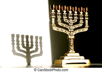 Menorah in full view with shadow