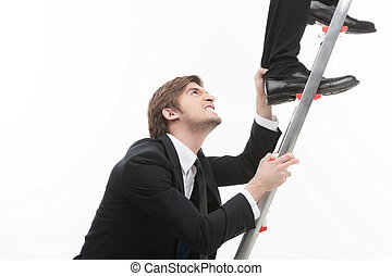 men?s, бизнес, нога, захват, сердитый, вверх, competition., поднимающийся, другой, молодой, бизнесмен, лестница