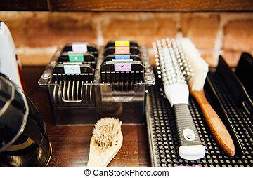 Mens hairdressing desktop with tools for shaving