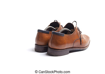 Mens shoes with stretchers withing