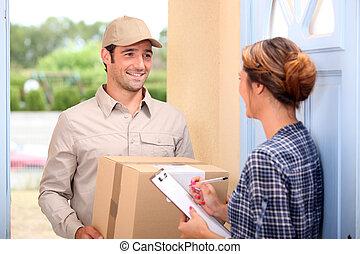 mensajero, entregar, un, paquete