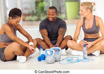 menschengruppe, entspannend, nach, übung