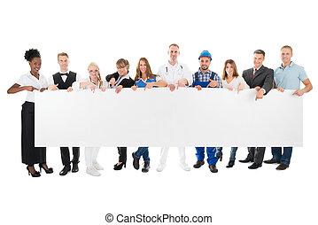 mensen, beroepen, gevarieerd, vasthouden, leeg, buitenreclame