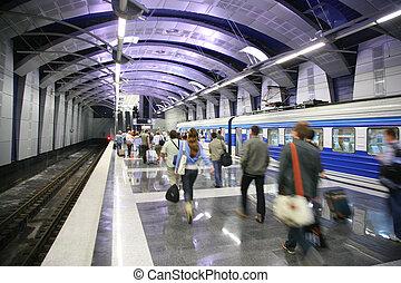 mensen, en, een, trein, op, metro station