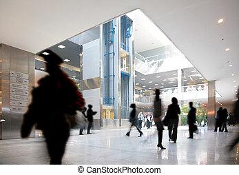 mensen in, commercieel centrum