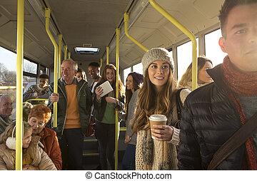 mensen, op, de, bus