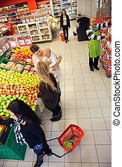 mensen, shoppen , in, een, supermarkt